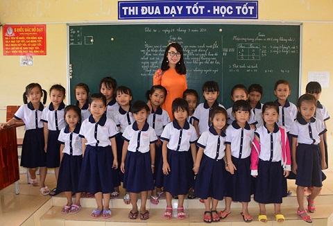 Cô giáo trẻ có 'duyên' với nhiều giải thưởng