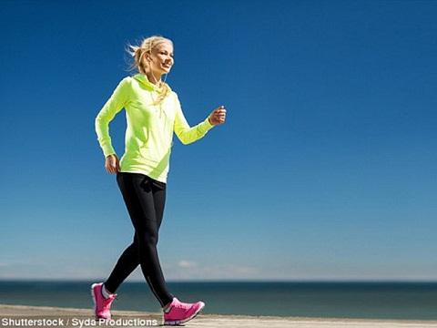 Phát hiện mới: Đi bộ nhanh 3 lần, mỗi lần 10 phút hiệu quả hơn đi 10.000 bước/ngày