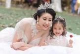 Hà Kiều Anh khoe ba con đẹp như thiên thần