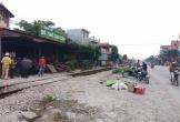 Buộc hàng sát đường sắt, người đàn ông bị tàu hỏa tông tử vong