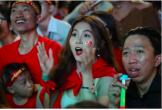 Nữ sinh sư phạm gợi cảm lại gây sốt khi cổ vũ ĐT Việt Nam