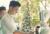 Sinh viên Sài Gòn chế tạo robot tư vấn tuyển sinh đại học
