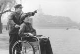 Người lính từ chối nhiều phụ nữ để nuôi vợ liệt 40 năm