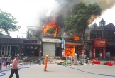 Cháy lớn thiêu rụi nhiều nhà dân ở Hà Tĩnh