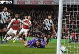 Arsenal vào top 3 Ngoại hạng Anh