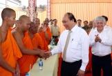 Thủ tướng, Phó Thủ tướng thăm, chúc Tết Chôl Chnăm Thmây