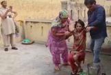 Giải cứu người phụ nữ bị chồng nhốt trong toilet suốt một năm rưỡi