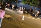 Bốc đầu xe máy trong đêm, thanh niên ngồi sau bắn ra đường bị ô tô cán tử vong