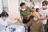 Công an TP Cần Thơ tổ chức khám bệnh, tặng quà cho người dân