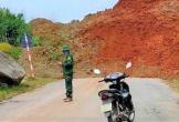 Sạt lở đất, quốc lộ 15C ở Thanh Hóa bị chia cắt