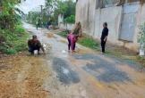 Anh em họ xô xát phải đi viện vì chuyện xả nước thải sinh hoạt