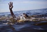 Thấy anh trượt chân, em trai 7 tuổi lội ra cứu, cả hai đuối nước thương tâm