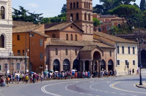 nhà thờ 1.200 tuổi